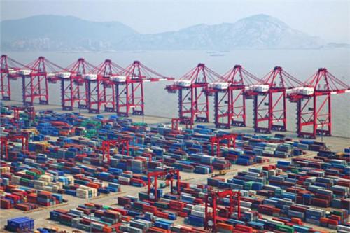上海港躋升第三國際航運中心