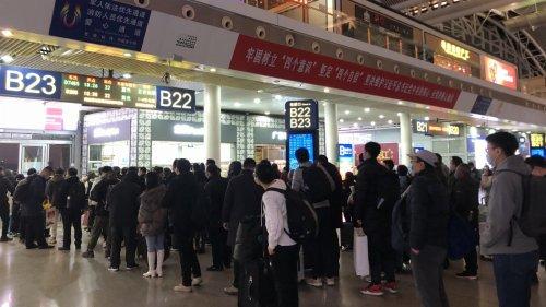 廣鐵增開「夜間高鐵」迎春運小高峰