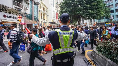 市政署重整行人路竹灣馬路下周一實施臨時交通安排